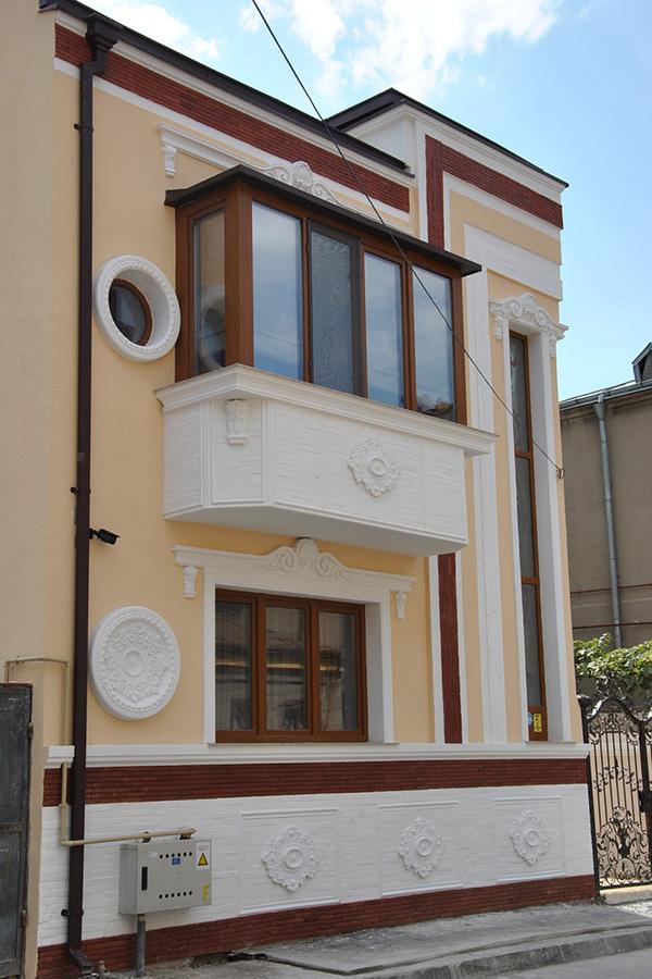 Proiect casă Gara de Nord: profile decorative exteriorare